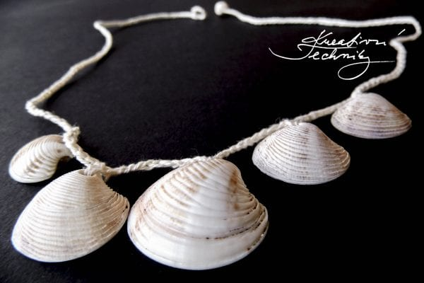 Crochet Patterns: Necklace made of shells, jewelry made of shells