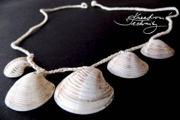 Háčkování návody: náhrdelník z mušlí, šperky z mušlí