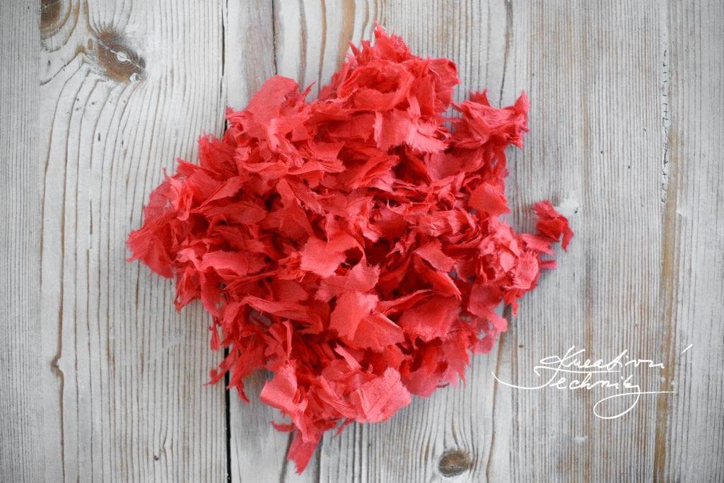 Valentýnská dekorace z papíru, Vároba valentýnské dekorace. Valentýnské nápady a dekorace.