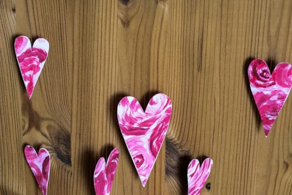 Valentine's Day Decoration: Heart Curtain