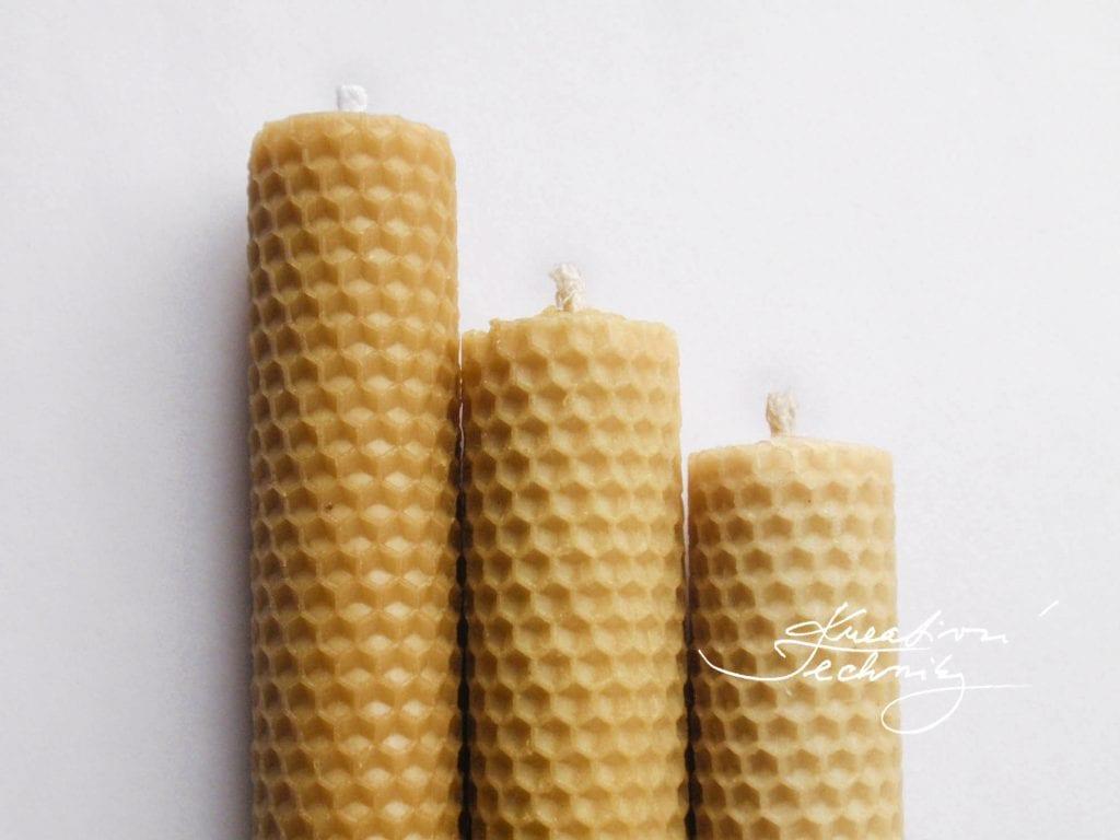Výroba svíček ze včelího vosku. Vánoční svíčky. Adventní svíčky. Výroba svíček. Svíčky z včelího vosku. Svíčky ze včelího vosku. Vánoční dekorace.