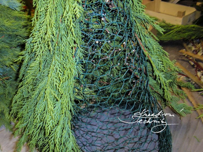 outdoor decorations, diy christmas tree, christmas decorations diy, outdoor christmas decorations diy, outdoor christmas decorations, christmas decor ideas outdoor, christmas decorations, outdoor christmas decorations diy, rustic christmas decorations, outdoor christmas decor ideas diy, christmas decorations diy, christmas decor ideas, christmas,