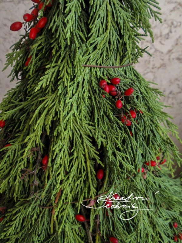 christmas decor ideas outdoor, christmas decorations, outdoor christmas decorations diy, outdoor decorations, diy christmas tree, rustic christmas decorations, outdoor christmas decor ideas diy, christmas decorations diy, christmas decorations diy, outdoor christmas decorations diy, outdoor christmas decorations, christmas decor ideas, christmas,