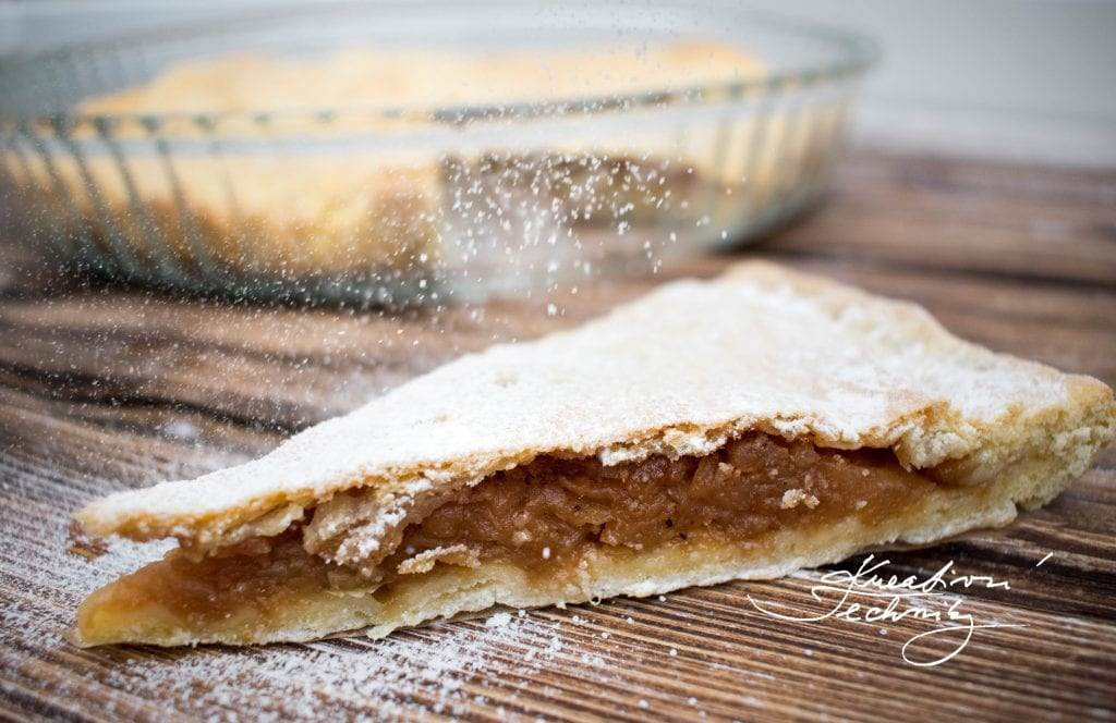 Apple pie with sugar. Homemade apple pie. Linzer dough apple pie. Best apple pie recipe. Easy desserts. Delicate apple pie. Apple filling with cinnamon.