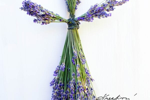 Are you looking for inspiration for original lavender crafts ideas?