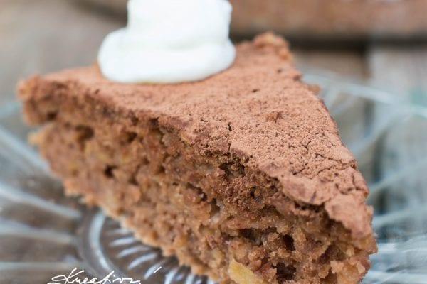 Jablečný koláč s kakaem