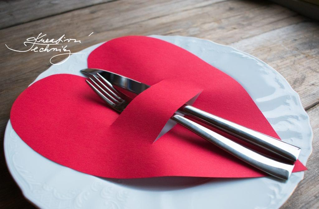 Valentýn, valentýnské menu, DIY, valentýnské tvoření, výroba valentýnské dekorace, DIY dekorace, svátek zamilovaných, svátek svatého Valentýna