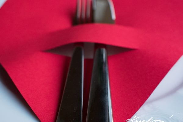 Valentýnské dekorace na stůl
