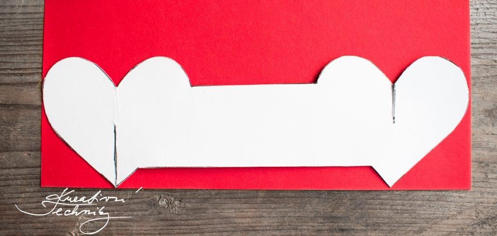 Valentýn, DIY, valentýnské tvoření, valentýnská dekorace na stůl, šablona srdce, kroužek na příbor, DIY dekorace