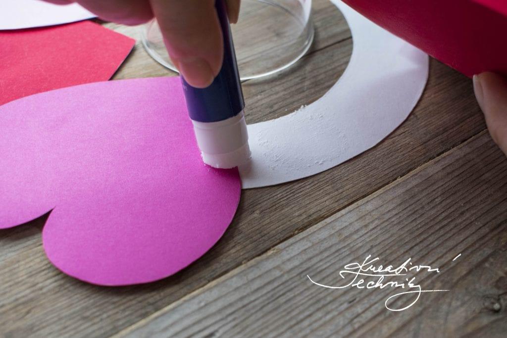 DIY valentýnské tvoření, valentýnská dekorace, Valentýn, svatý Valentýn, srdce, kreativní tvoření