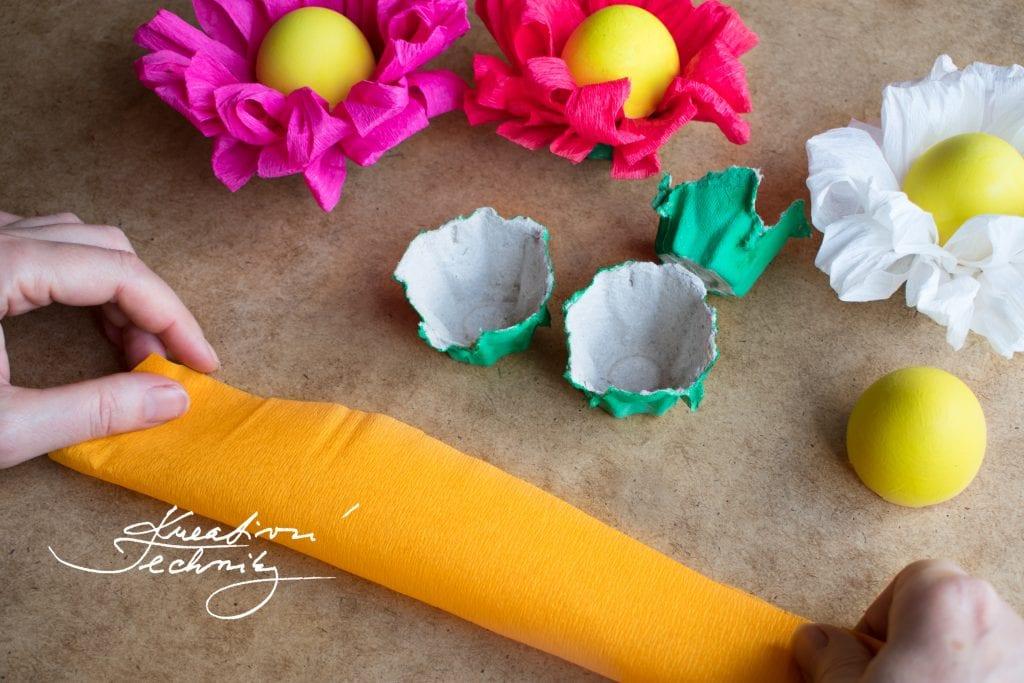Výroba velikonoční dekorace. Výroba jarní dekorace. Velikonoční dekorace na stůl. Velikonoční dekorace. Jarní dekorace. Velikonoční dekorace z papíru. Výroba velikonočních dekorací. Velikonoční dekorace vajíčka. Velikonoční aranžmá. Levná velikonoční dekorace.