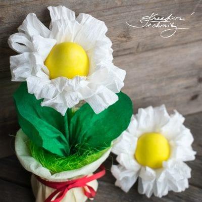 Velikonoční tvoření pro děti: sedmikrásky z papíru