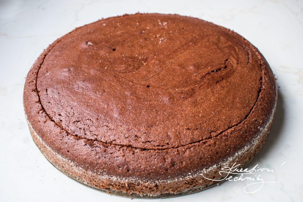Recept na krtkův dort. Jednoduchý krtkův dort. Krtkův dort recept.. Domácí krtkův dort. Krtkův dort nejlepší recept. Dort krtek.