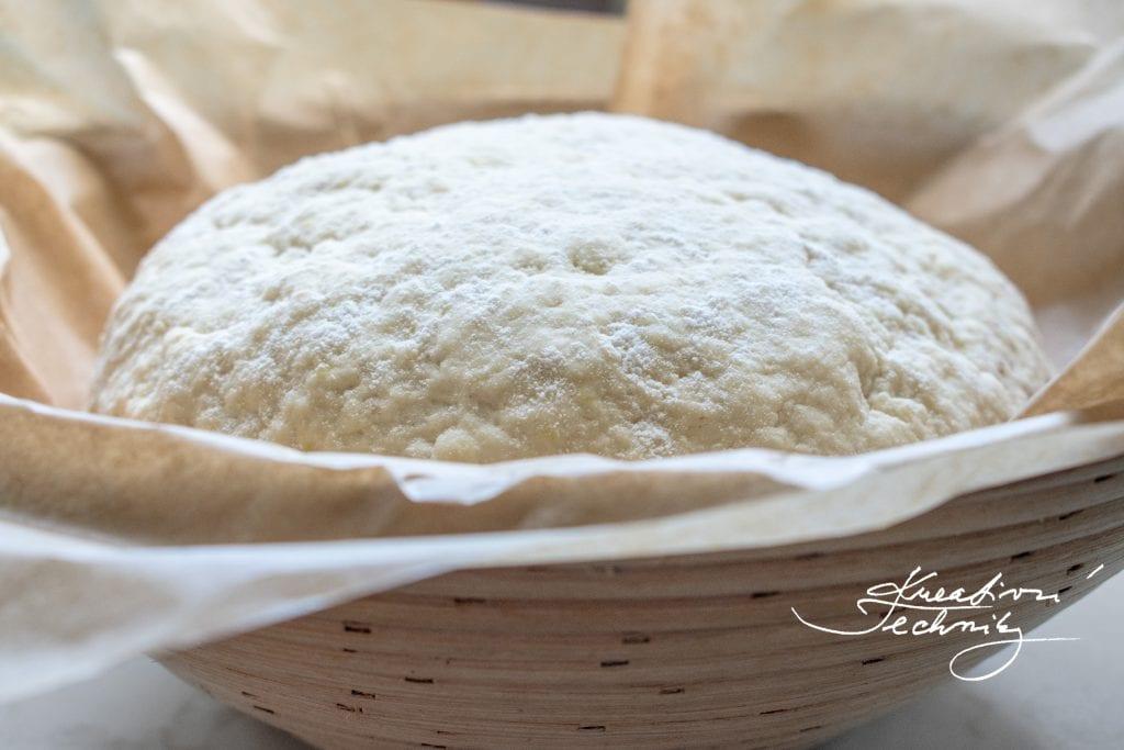 Pečení chleba. Pečení chleba recept. Pečení chleba doma. Pečení chleba v troubě. Pečení chleba. Chleba z hladké mouky. Domácí chléb z droždí. Chléb. Bramborový chléb. Bramborový chléb recept. Domácí bramborový chléb. Recept na bramborový chléb. Bramborový chleba.