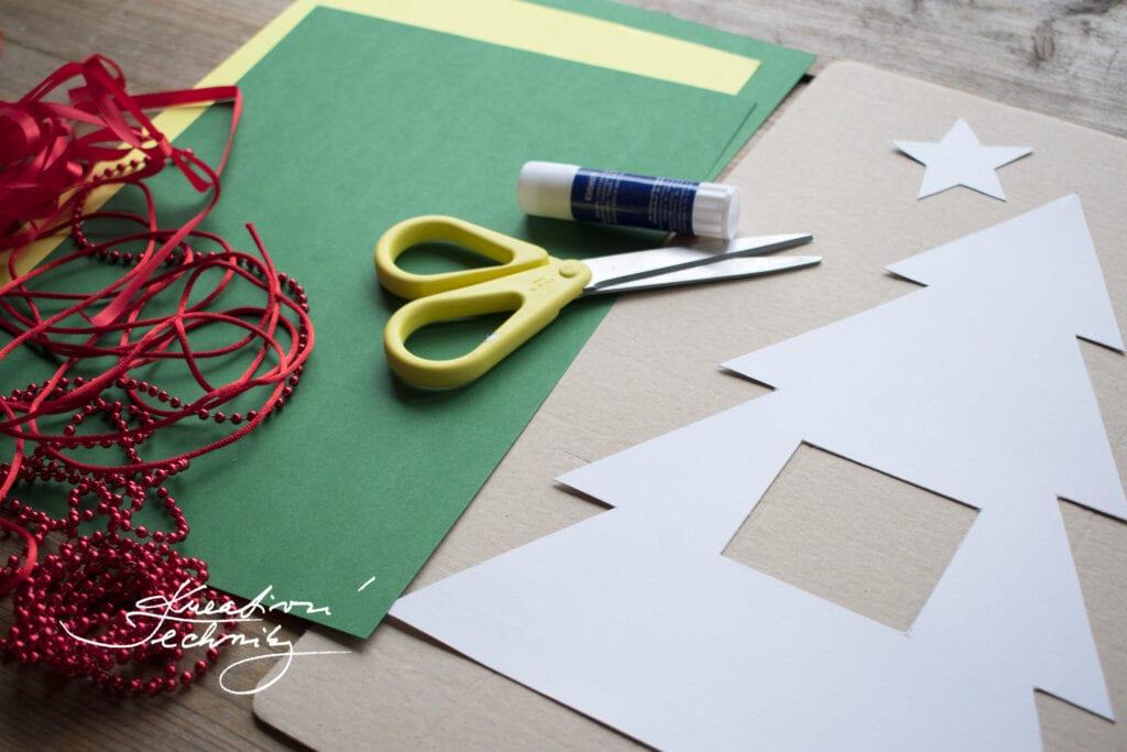Vánoční dekorace. DIY. Vánoční dekorace na stůl. Vánoční dekorace výroba. Výroba vánoční dekorace. Vánoční dekorace inspirace. Výroba vánočních dekorací. Vánoční dekorace na stůl inspirace. Výroba vánoční dekorace na stůl. Vánoční dekorace svícny na stůl. Moderní vánoční dekorace na stůl. Vánoční tvoření s dětmi: Vánoční stromeček. Vánoční vyrábění s dětmi. Vánoční tvoření pro děti. Vánoční prostírání. Vánoční ubrusy a prostírání. Vánoční prostírání na stůl. Prostírání vánoční. Papírové vánoční prostírání. Vánoční ubrus a prostírání. Vánoční prostírání stolu. Vánoční výzdoba. Vánoční výzdoba inspirace. Vánoční výzdoba na stůl. Vánoční výzdoba z papíru.
