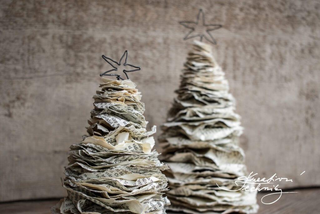 Vánoční dekorace z papíru. Návod. Vyrábění z papíru. Papírové stromečky. Papírový stromeček. Kreativní tvoření z papíru. Tvoření z papíru. Vyrábění z papíru. Recyklace. Výrobky z papíru. Skládání z papíru. Vánoční ozdoby z papíru. Papírové vánoční ozdoby. Výroba vánočních ozdob z papíru. Vánoční stromeček z papíru. Vánoční tvoření s dětmi. Vánoční stromek z papíru. Jak vyrobit vánoční ozdoby z papíru. Papírové vánoční ozdoby návody. Výroba papírové vánoční ozdoby. Vánoční ozdoby z papíru andílky. Vánoční tvoření z papíru. Vánoční výrobky z papíru. Výroba vánoční dekorace z papíru. DIY kreativní techniky.