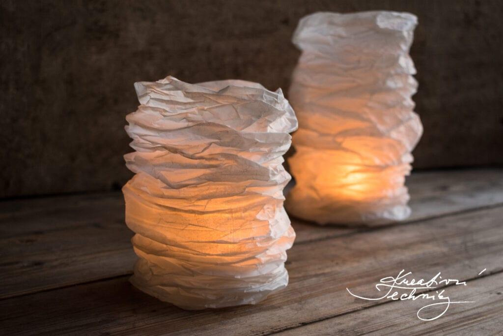 Dekorace do bytu ruční práce. Dekorace lucerna. Lampička z papíru. Papírová lampička. Lampička DIY.  Výroba lampičky. Lampa origami. Lampa boho. Lampa. Lampy stojací. Lucerny. Lucerna. Stínidlo na lampu. Stínítko na lampu. Papírová lampa. Papírové lampy. Papírová lampa. Svícen z papíru. Papírové dekorace. Dekorace z papíru. Výroba vánoční dekorace z papíru. Návod. Svatební dekorace. Dekorace do bytu. Bytové dekorace. Svícny z čajových svíček. Latern. Nápady na tvoření. DIY dekorace do bytu. Dekorace do bytu DIY. Dekorace do bytu výroba. Jak si vyrobit dekorace do bytu. Domácí výroba dekorací. Výroba dekorace do bytu. Domácí výroba dekorací. Co mám vyrobit. Vyrábění. Vyrábění z papíru. Vyrábění z papíru návody. Vyrábění DIY. Návody na vyrábění. Vyrábění návody. Kreativní tvoření z papíru. Tvoření z papíru