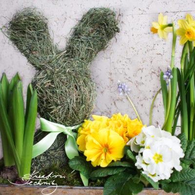 Velikonoční zajíček ze sena