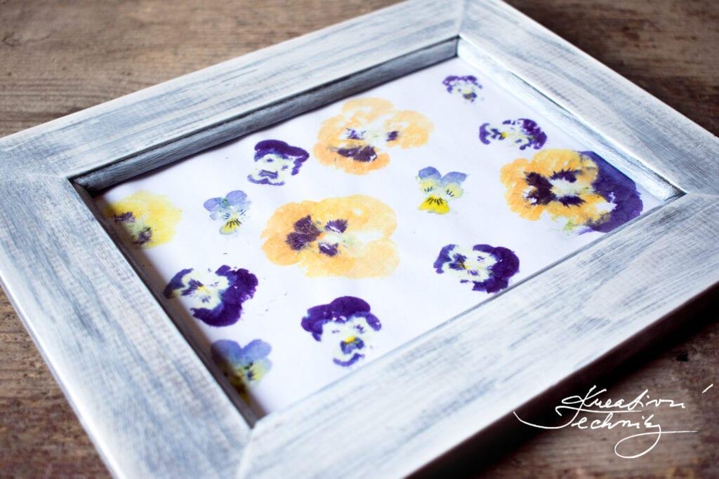 Nápady na tvoření. Návody a nápady na tvoření. DIY nápady na tvoření. Dekorace. Dekorace do bytu. Dekorace na zeď. Bytové dekorace. Nápady na tvoření z přírodnin. Domácí tvoření. Obrázky. Jednoduchý obrázek. Jednoduché obrázky. Akvarel květiny. Malování akvarelem. Pro začátečníky. Dekorativní obrázek. DIY výzdoba. DIY dárek. DIY česky. DIYcesky. Domácí tvoření návody. Jarní tvoření. Kreativní tvoření pro dívky. Domácí tvoření s dětmi. Tvoření s dětmi. Kreativní tvoření. Tvoření. Tvoření z papíru. Tvoření pro děti. Jarní tvoření s dětmi. Ruční tvoření. Kreativní nápady. Kreativní nápady návody. Domácí vyrábění. Kreativní DIY. DIY obrázky. DIY dárky. Jarní tvoření. DIY návod. Kreativní tvoření. Tisk. Tvoření. Návod. Návody. Inspirace. Nápady. Obrázky květin. Kreslené obrázky. Obrazy. Ručně malované obrazy. Obrazy obrázky. První jarní květiny. Květina. Macešky. Macešky obrázky. Kytička. Kytičky. Jarní kytičky. Violka vonná. Violka. Violka trojbarevná. Akvarel. Akvarely. Kreativní techniky. Akvarelové obrázky.