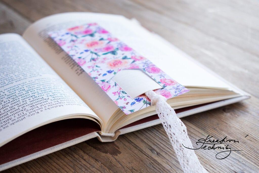 Záložky. Záložka do knihy. Záložky do knihy. Záložka. Výroba záložky do knihy. Záložky do knížky. Návod. Návody. Kreativní tvoření. DIY návod. Tvoření z papíru. Kreativní techniky. Papír. Kniha. Knihy. Výrobky z papíru. Vyrábění z papíru.