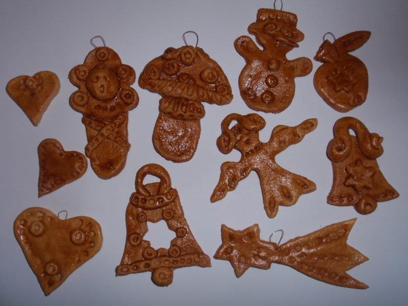 Vánoční ozdoby ze slaného těsta Výrobky ze slaného těsta a tvoření dekorací na vánoce. Recept na těsto. Vánoční tvoření s dětmi.