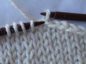 uzavírání ok splétáním, vzory na ruční pletení,vzory na pletení, pletené vzory, vzory na pletení zdarma, vzory pro ruční pletení, ruční práce, návod, popis, postup